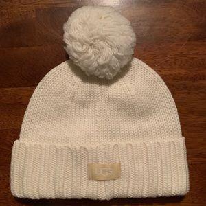 UGG Pom-Pom Knit Hat. NWT. Ivory. One Size.